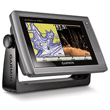 GARMIN echoMAP 70dv with Canada LakeVu HD and DownVu transducer