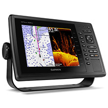 GARMIN GPSMAP 820xs with Canada LakeVu HD and DownVu Transducer